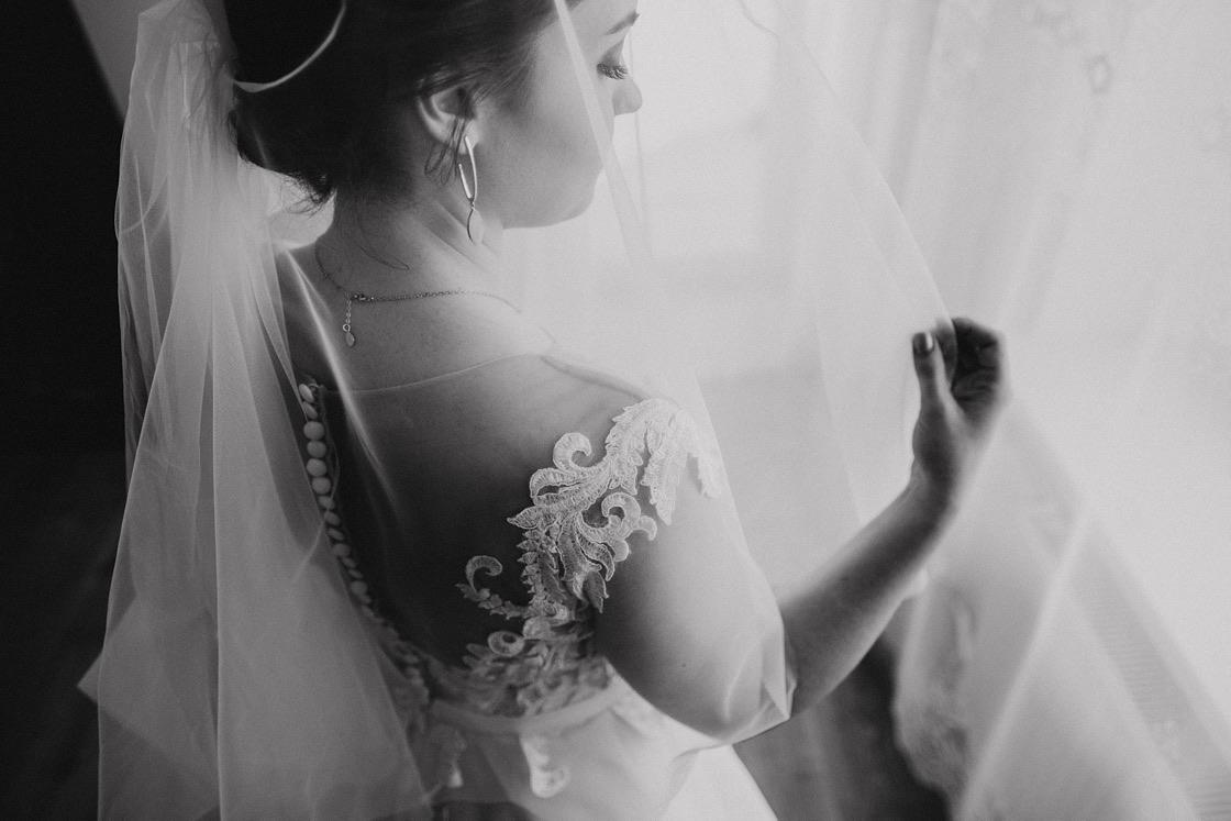 Vestuvinė fotosesija nuotakos pasiruošimas nuometas Vilnius fotografas