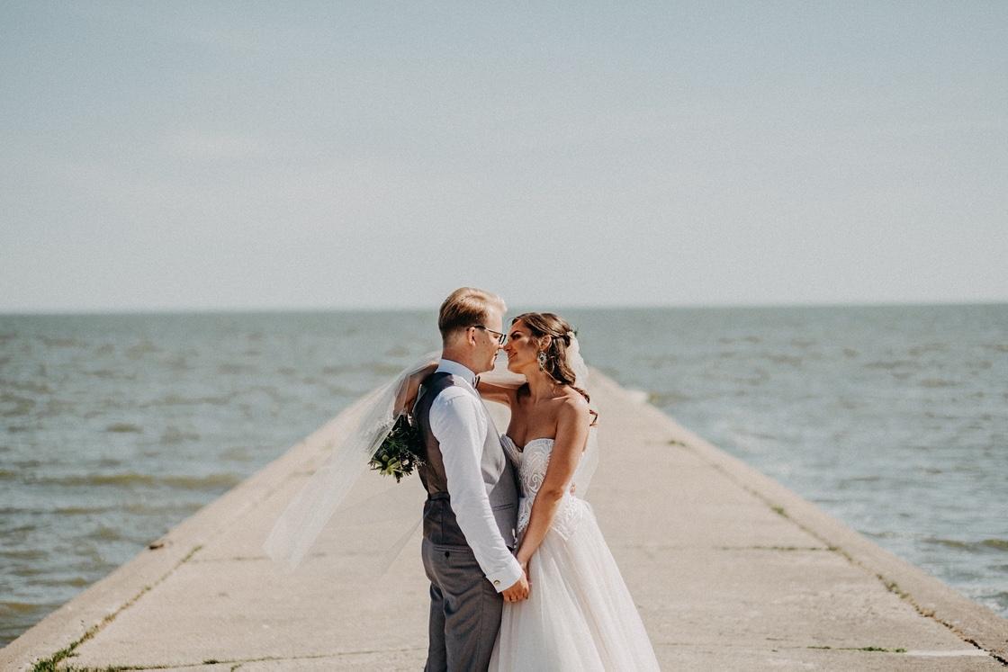 vestuvės Nidoje nuotaka puokštė jaunikis fotografas jūra Klaipėda Vilnius Kaunas