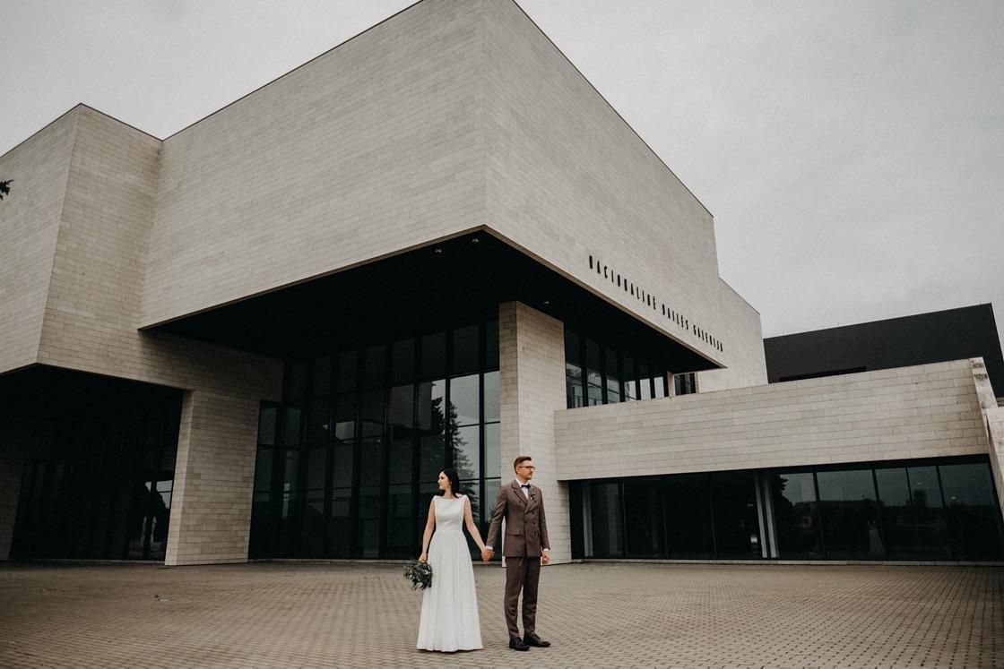 Vestuvinė fotosesija Nacionalinė dailės galerija Vilnius fotografas