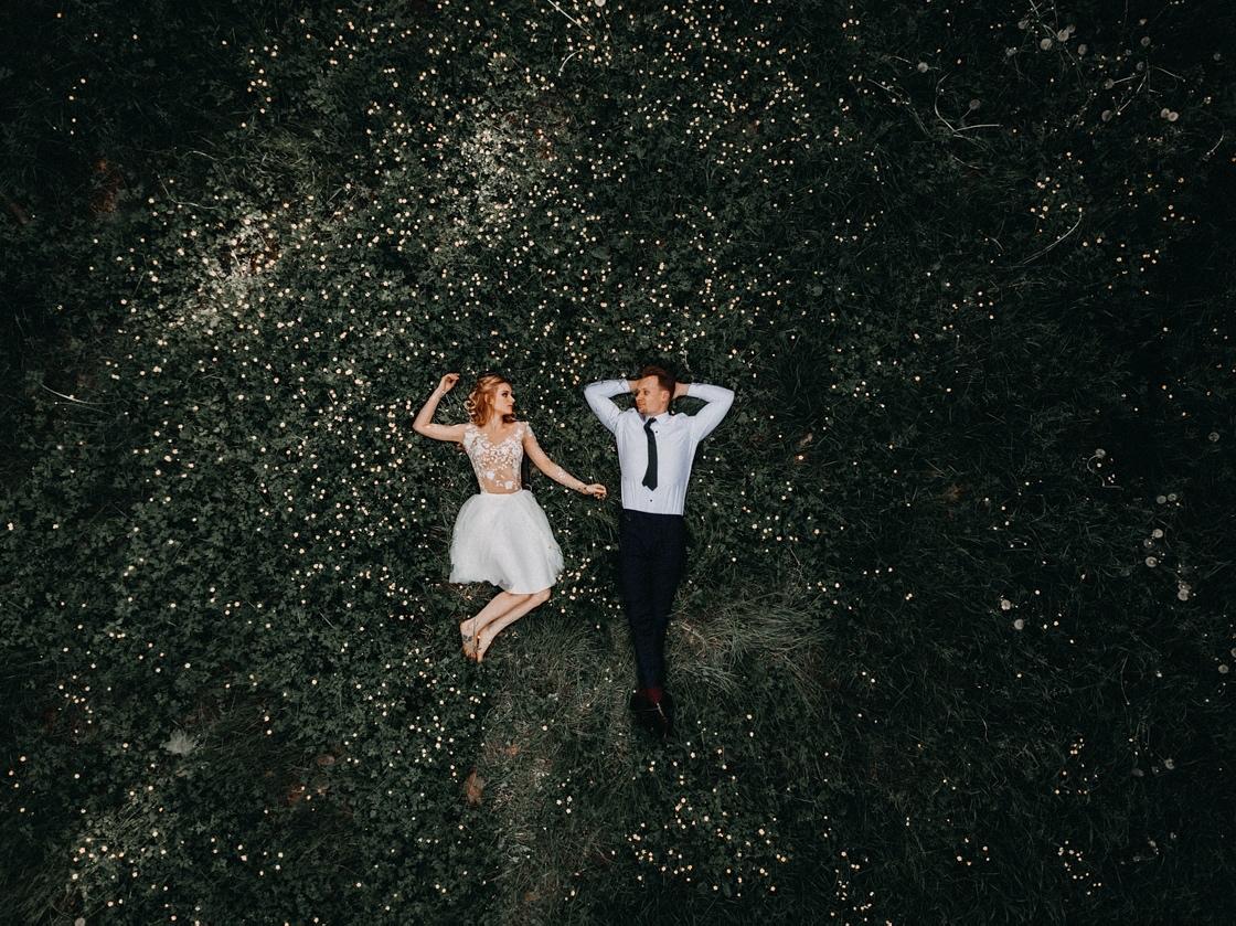 Vestuvių fotosesija Anykščiuose Dainuvos slėnis dronas