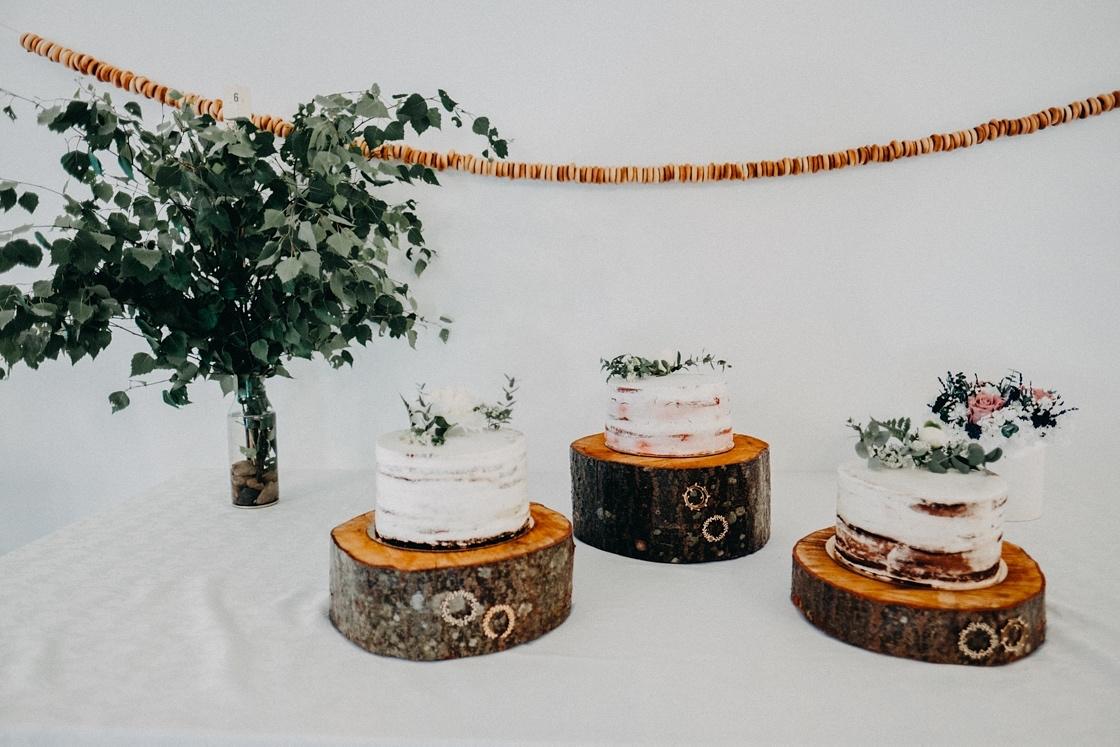Vestuviniai tortai rustic mediniai padėkliukai beržas