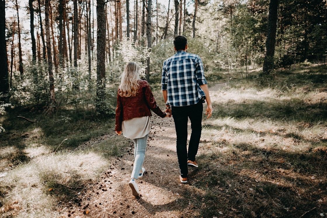 Priešvestuvinė Love story fotosesija Nidoje miškas