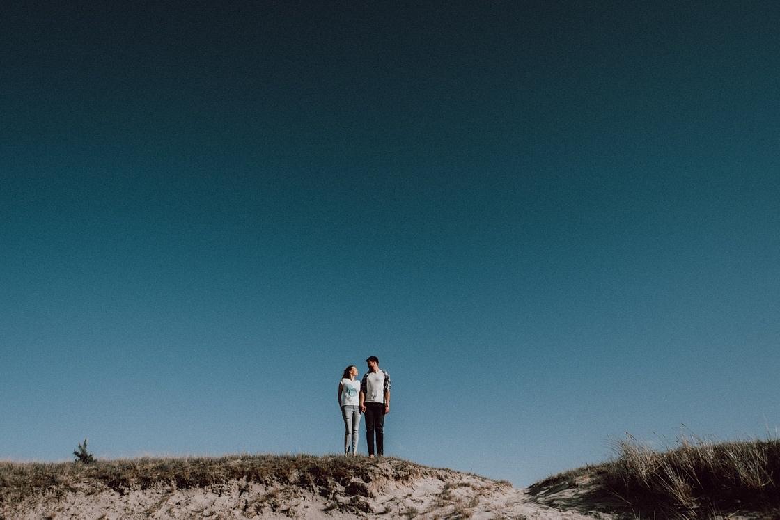 Priešvestuvinė Love story fotosesija Nidoje Parnidžio kopos