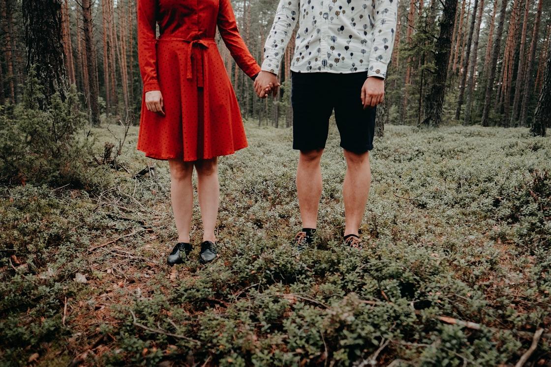 Priešvestuvinė fotosesija miške