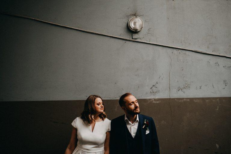 vestuvės jaunieji siena fotografas lempa šviestuvas laidas geriausias kaina šviesa kostiumas suknelė